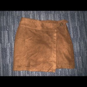 Hollister Suede Mini Skirt Size 1